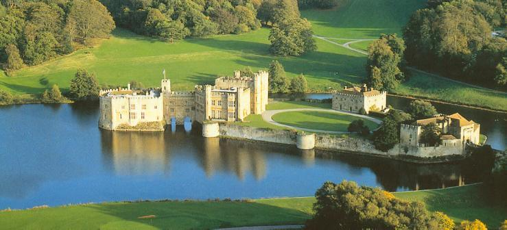 Leeds Castle - Day out with Car Service London