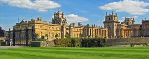 LIMO-SERVICE-TO-BLENHEIM-PALACE